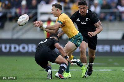 Nueva Zelanda y Australia empatan en el regreso del rugby