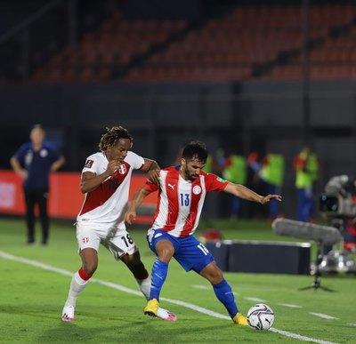 Eliminatorias: 'Beto' Espínola y Neymar lideran la tabla de asistencias