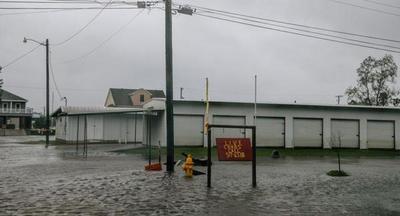 El huracán Delta impactó en Louisiana con vientos de 155 kilómetros por hora