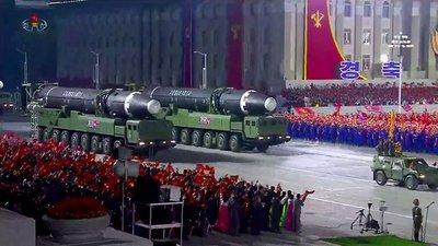 Expertos advirtieren que el misil intercontinental presentado por Corea del Norte es una amenaza explícita a los EEUU