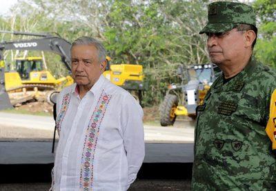 Gobierno mexicano defiende que militares construyan el Tren Maya y más obras