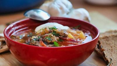 La controversia por la sopa de remolacha en Europa del Este