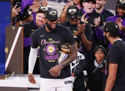 LeBron James: MVP y a la caza de Michael Jordan