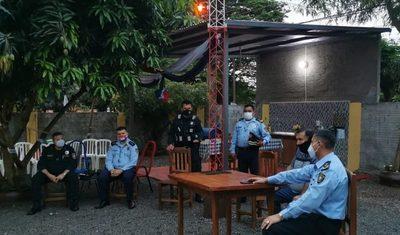 Jefes policiales coordinan acciones con comisiones vecinales en Hernandarias – Diario TNPRESS