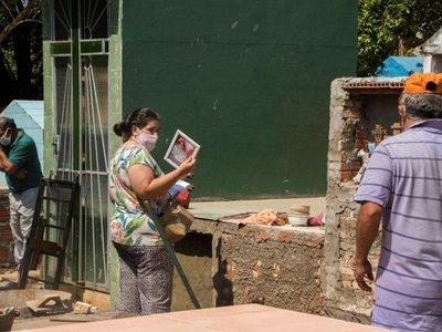 Luego de casi 7 meses varios cementerios abrieron sus puertas