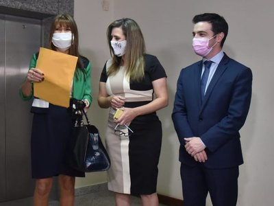 Celeste Amarilla acciona contra sanción impuesta por sus colegas
