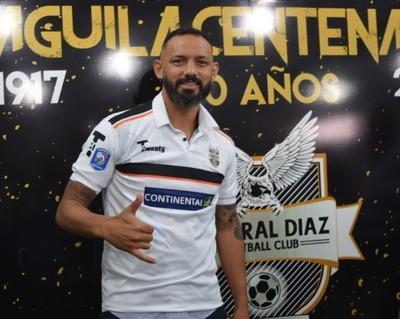 Diego Barreto es nuevo preparador de arqueros de General Díaz