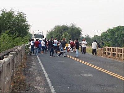 Nativos exigen restitución de sus tierras en el Chaco