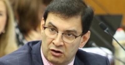 La Nación / Ovelar dice que si fuera presidente, buscaría el hueco para Franco en el Senado