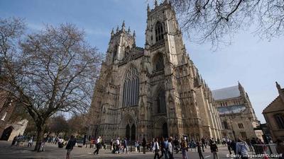 La catedral de Notre Dame busca artesanos para su restauración