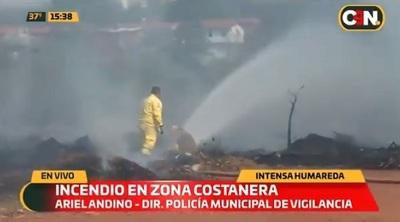 Detienen a hombre que ocasionó incendio en Costanera Norte