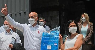 La Nación / COVID-19: Salud recibió primera tanda de batas paraguayas