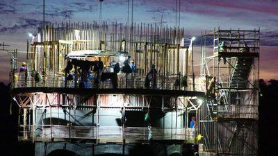 Puente solo beneficia a mano de obra brasileña