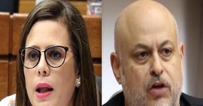 """La Nación / Kattya rechaza dupla con """"Payo"""""""
