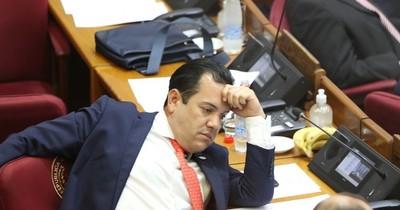La Nación / Friedmann ahora juega al perseguido político