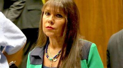 Con mayoría simple, hoy pueden revertir sanción a la diputada Celeste Amarilla