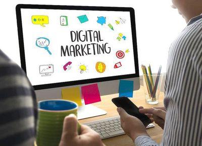 Curso gratuito de plan de negocios con enfoque en marketing digital