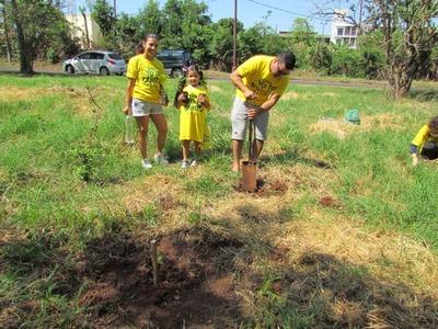 Celebran el aniversario de Presidente Franco con campaña de reforestación