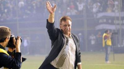 La era de Berizzo aún no encuentra el equipo ideal, opina Éver Hugo Almeida