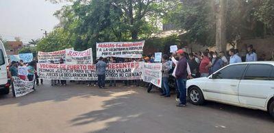 Familiares de dos condenados se manifiestan frente al Poder Judicial