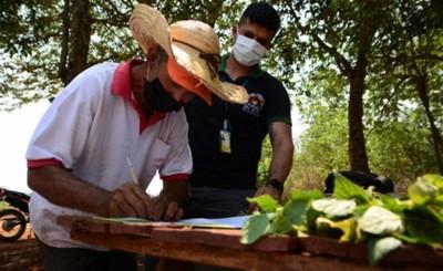 Municipalidad entregó insumos para huerta comunitaria
