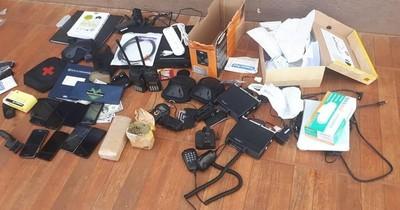 La Nación / Supuestos asaltantes caen durante allanamiento en San Pedro