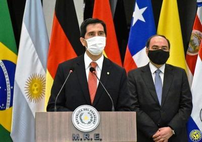 Nuevo canciller destaca trabajo durante pandemia •