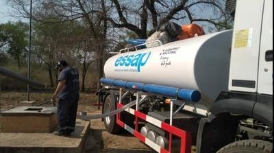 SEN y ESSAP acarrean agua en el Chaco