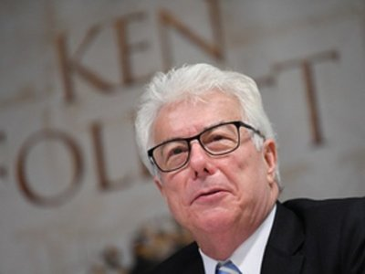 Ken Follet: Los populistas lo tienen fácil