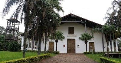 La Nación / Templo de Yaguarón: desalojan a constructora por falta de protocolo de patrimonio cultural