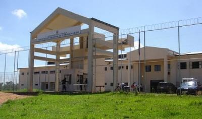 Analizan situación de covid-19 en la Penitenciaría Regional de Coronel Oviedo