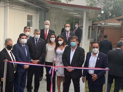 Inauguran nuevo Pabellón de Contingencia en Hospital de Lambaré