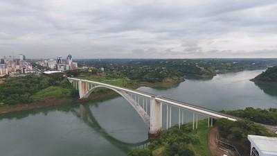 Autoridades sanitarias de FOZ NO quien la REAPERTURA del Puente de la Amistad