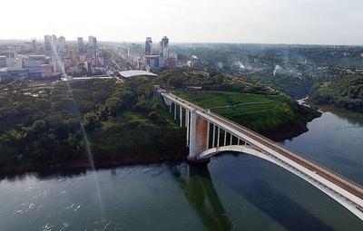 Pese a reapertura de Puente de la Amistad, comerciantes esteños se mantienen cautelosos