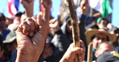 La Nación / Sigue marcha campesina exigiendo condonación de deudas