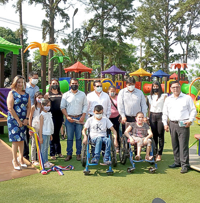 Inauguran parque infantil inclusivo más grande del país en Presidente Franco