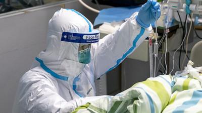 Reportan la primera muerte en el mundo de una reinfectada por COVID-19
