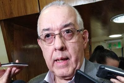Ex ministro de la Corte afirma que Wagner debe renunciar para jurar en diputados