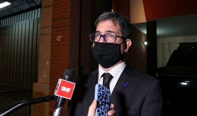 Fiscalía exhibe agenda hallada en Areguá con presunto plan de destitución de autoridades