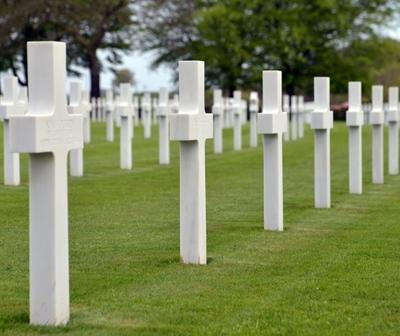¿Plaza de Ypané convertida en cementerio?