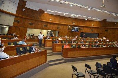 Gremios productivos presentaron denuncia formal contra tres senadores