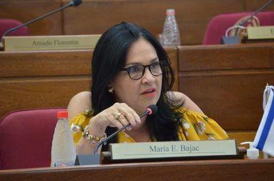 María Eugenia Bajac apunta a recuperar su banca en el Senado