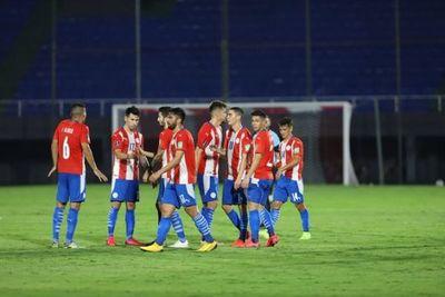 La primera baja de Paraguay para el partido ante Argentina
