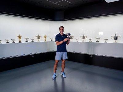 Nadal deposita su 20º título de Grand Slam en su museo de Manacor