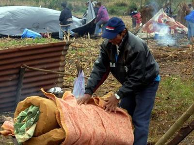 Urgen recuperar  tierras malhabidas y defienden rol de parlamentarios
