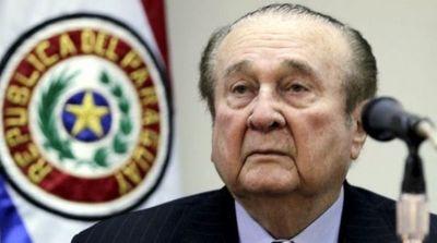 Conmebol dice que recuperó U$S 37 millones de las cuentas de Leoz y Deluca