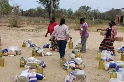 Donan víveres y tapabocas a comunidades nativas