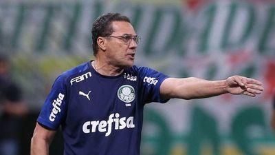 Palmeiras destituyó a Luxemburgo: ¿llaman a Francisco Arce?
