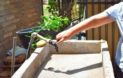 Barrios de Asunción siguen sin agua por problemas con transformador, según la Essap