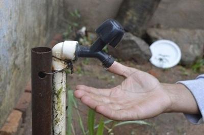 Unos 250mil asuncenos sin agua «por culpa del viento»